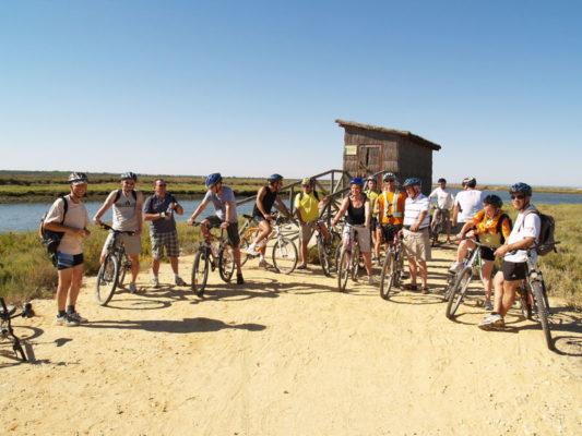 Foto de Grupo en bicicleta con Aventura Rumbo Sur