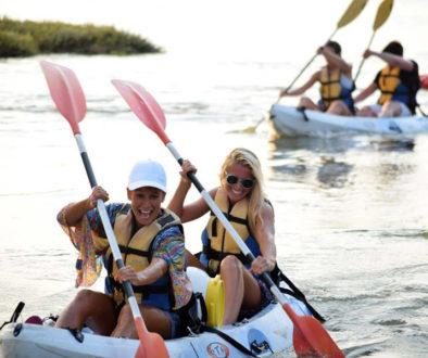 Grupo en travesía Kayak con Flecha Extreme